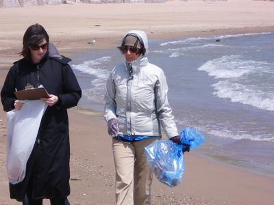Listen_to_your_lakes_beach_clean_up